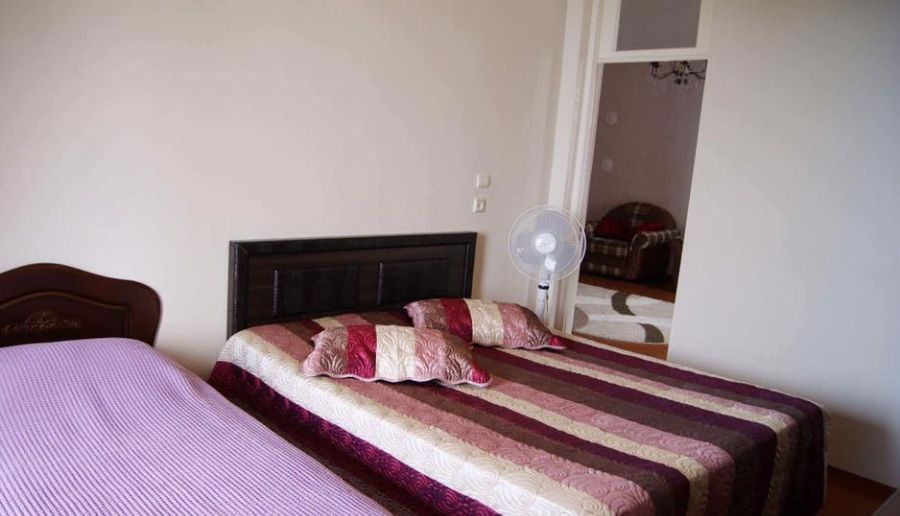 Guest House Lali Hotel - room photo 12517132