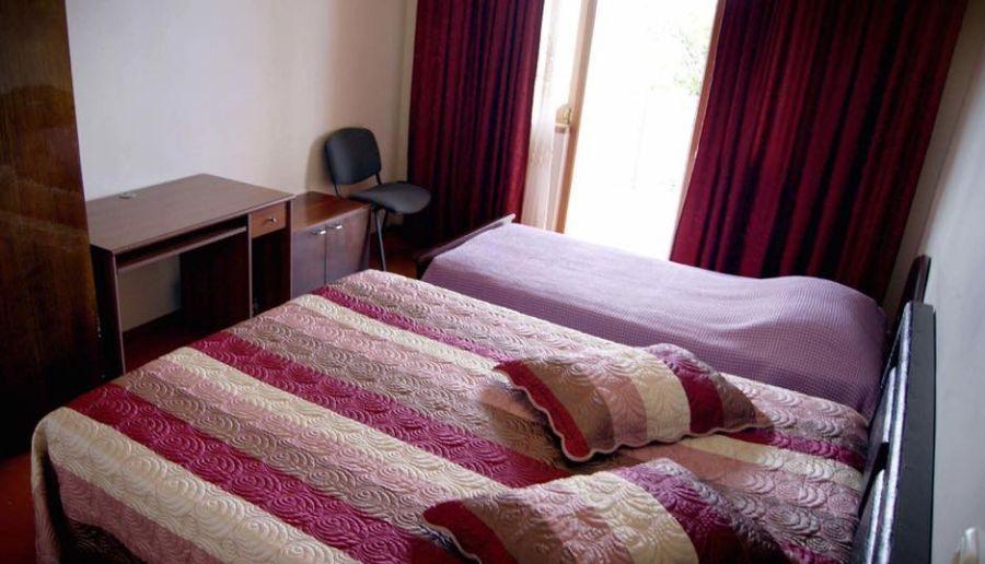 Nana's Guest House Hotel - room photo 12852476